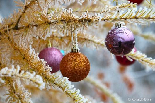 Goldener Weihnachtsbaum auf der Bergehalde Lydia